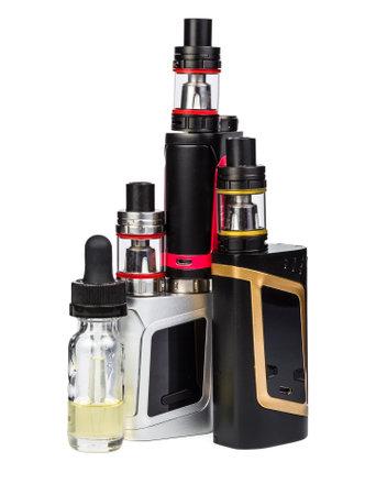 LEctronique collection de cigarettes isolé sur blanc Banque d'images - 80243271