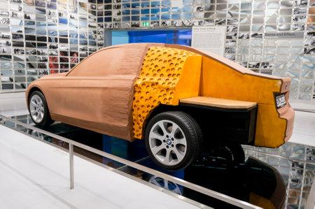 München, Deutschland - 10. März 2016: Concept Clay Car Modell an der Ausstellung von BMW Museum Standard-Bild - 88518086