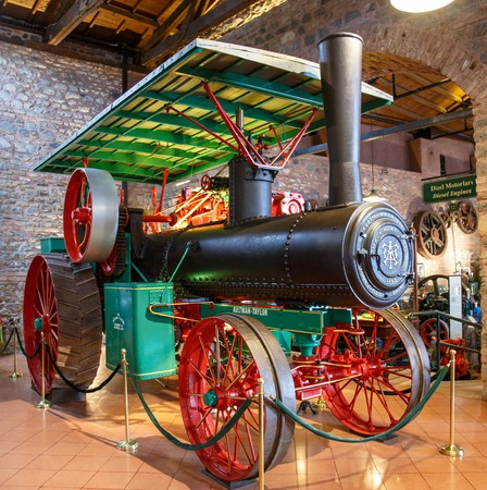 Istanbul, Turkey, 23 March 2019: Aultman Taylor Machinery Co. Tractor in Rahmi M. Koc Industrial Museum. Koc museum has one of the biggest classic car collection in Turkey 報道画像