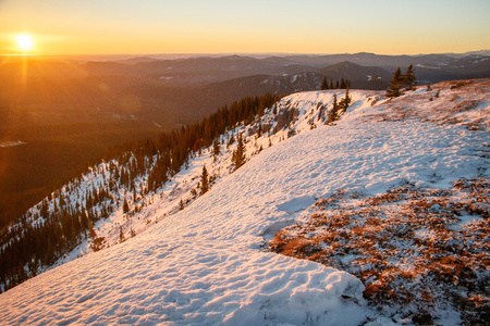 Sunrise at the Praire Mountain near Bragg Creek, Canada, Closest mountains to Calgary city, Praire mountain lookout in the winter time Reklamní fotografie