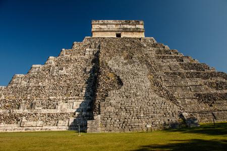 Kukulkan Mayan Pyramid in Chitzen Itza historic place, Mexico