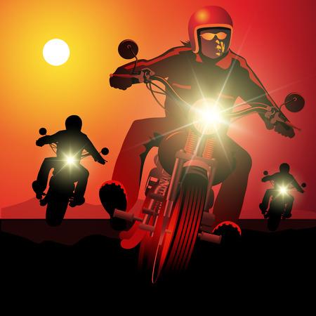 jinete: Gente de conducción de motocicletas en la puesta del sol.