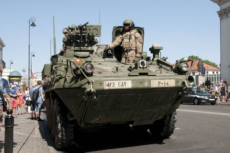 AUGUST15, 2015: American soldiers celebrate the Day of the Polish army, August 15, 2015 Warsaw, Poland 新聞圖片
