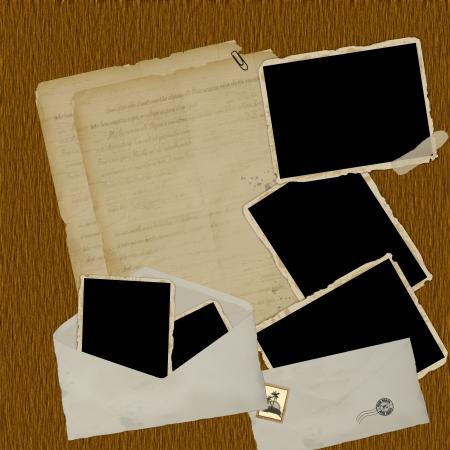grunge photo frame: Scrapbook composizione d'epoca con elementi di vecchi francobolli in difficolt� design di stile e cornici d'epoca su sfondo di legno