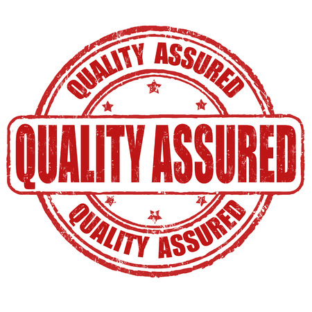 Kwaliteit verzekerd grunge rubberen stempel op een witte achtergrond