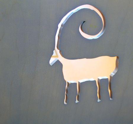 Een knipsel schets van een bighorn schaap tekening op de rug van een stoel Stockfoto - 7754352