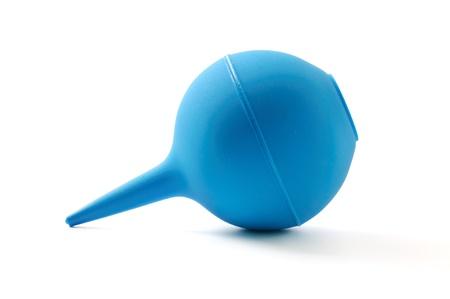 enema: Soltero enema m�dico azul aislado en blanco