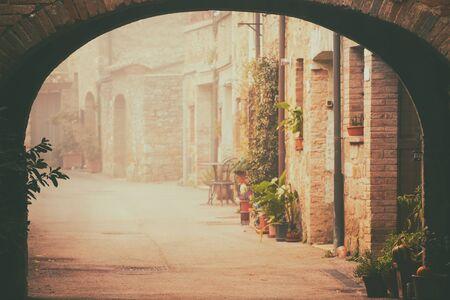 san quirico: San Quirico dOrcia city street