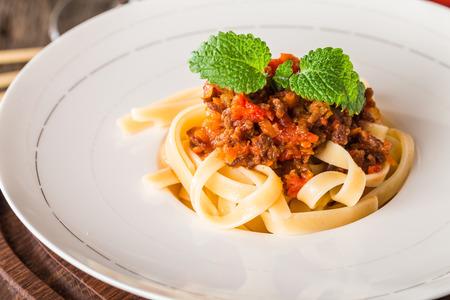spaghetti bolognese: Spaghetti Bolognese on white plate