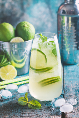 cocktail mixer: Mojito cocktail with lime and mint