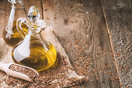 flax seeds and linseed oil Standard-Bild