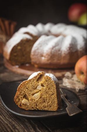 Apple Bundt Cake Standard-Bild