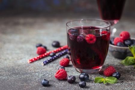 Bebida de bayas frescas