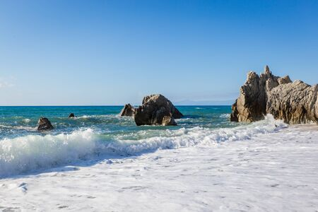 Paisaje marino mediterráneo, cerca de Tropea