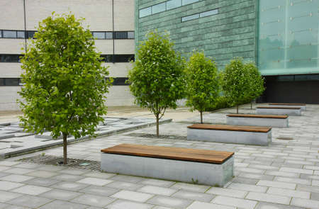 A calm place to have some rest in the middle of a modern business park