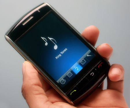 ring tones: music mobile in hand