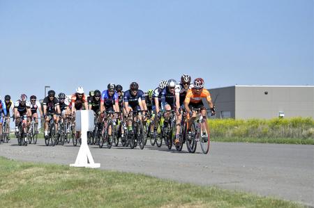 Jason LaPierre Cycling Criterium, June 5th, 2016 版權商用圖片 - 92967729