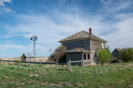 Abandoned Prairie Homestead near Carseland, Alberta, Canada. Redakční