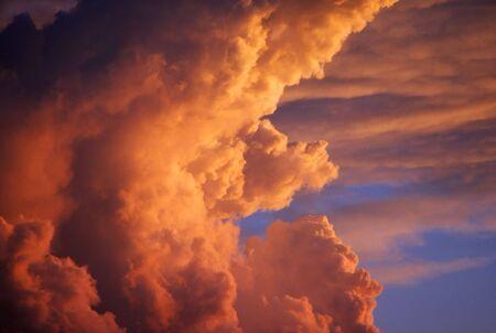 Dramatic colorful cumulus clouds Stok Fotoğraf - 3395162