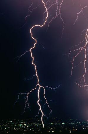 thundering: A real lightning bolt strike in a metropolitan area