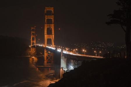 san francisco golden gate bridge: San Francisco Golden Gate bridge at night