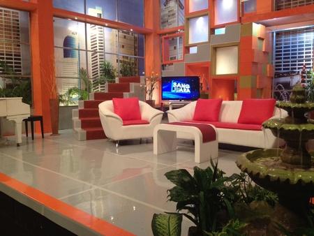 studio b: Studio set Sang Juara program @B Channeltv