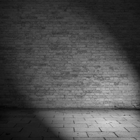 벽돌 벽의 질감 배경 버려진 집 내부 흑백 그림 스톡 콘텐츠 - 37421580