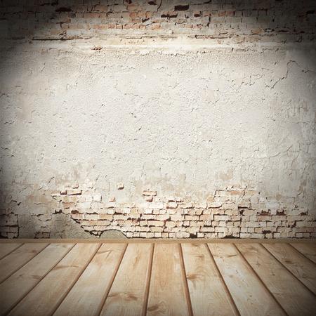 fondo urbano con la ilustración, enyesado textura de la pared de ladrillo y piso de madera de azulejos abandonaron el fondo interior del grunge para su concepto o proyecto