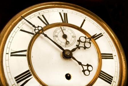 numeros romanos: Antique Clock - Antiguo reloj con n�meros romanos