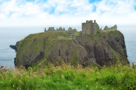 highlander: Ruinas del castillo Dunnotar, Escocia
