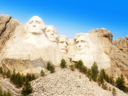 mt rushmore: Mount Rushmore National Monument, South Dakota, United States