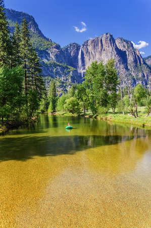 u s a: Upper Yosemite Fall and footbridge over the Merced River, Yosemite National Park, California, USA