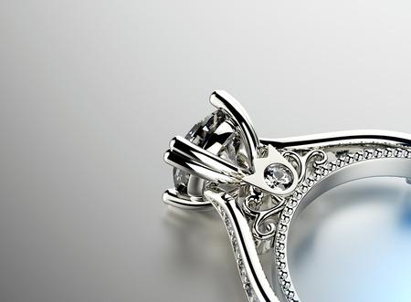 anillo de compromiso: Anillo de compromiso de oro con diamante. Fondo joyería