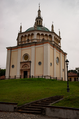 The church of Crespi d'Adda, in Italy, is a copy of the Renaissance church (Bramante school) in Busto Arsizio.