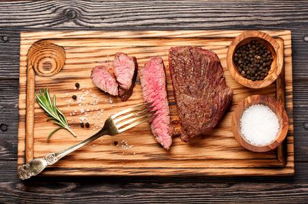 roast beef: beef steak medium