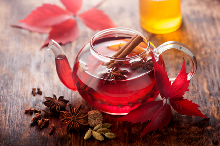 mulled wine: Mulled wine with spices