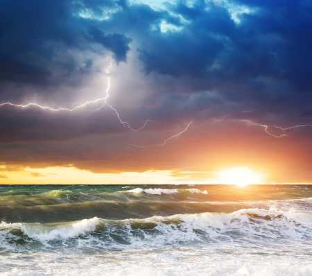 ocean sunset: Storm on the sea. Composition of nature.