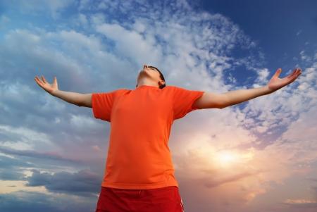 Man worship to God  Element of design