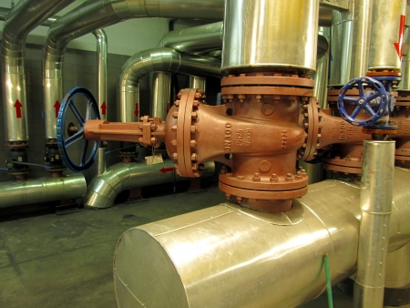 pipelines and large valves for industrial installations