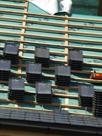 rafter: performance of ceramic tiled roof for a wooden house