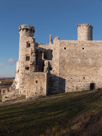 ogrodzieniec: The Ruins of Ogrodzieniec castle - Poland Stock Photo