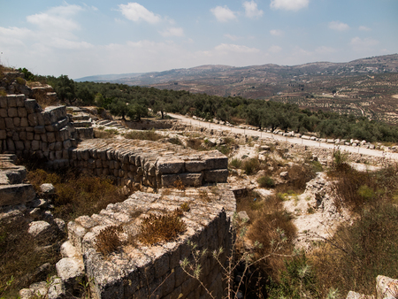 excavations: Sebastian, ancient Israel, ruins and excavations in the Palestinian territories. Smaria