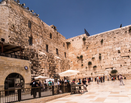 jewish houses: JERUSALEM - Juli 15: Jewish prayers and pilgrims beside Western Wall Juli 15, 2015 in Jerusalem, Israel.