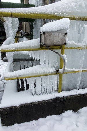 Icing of the cooling tower during operation at sub-zero temperatures in winter 版權商用圖片