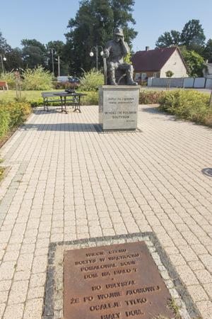 Wachock, Poland, 10 September 2018: Monument to the village leader in Wachock, Swietokrzyskie, Poland Imagens - 120678884