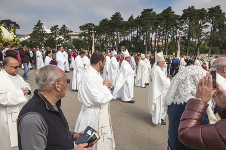 FATIMA, PORTUGAL - June 13, 2018: Church ceremonies related to the apparitions of Our Lady of Fatima, Portugal. Among the bishops Antonio Augusto dos Santos Marto bishop of the Diocese of Leiria-Fatima is currently a cardinal. Редакционное