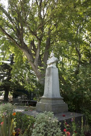 Statue in the park in Avignon. Paul Sain (born 5 December 1853, Avignon - died 6 March 1908, Avignon) - French painter associated with Avignon in France