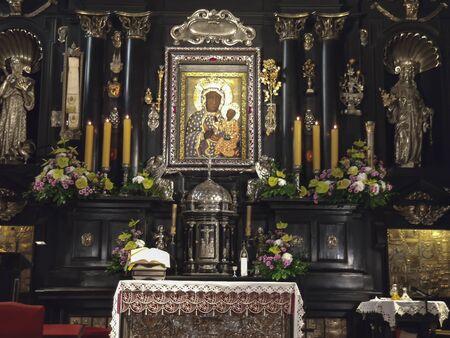 Czestochowa, Poland, March 19, 2020: Jasna Gora Monastery: chapel and Wonderful Image of the Black Madonna of Czestochowa (Our Lady of Czestochowa) Stockfoto - 143506544