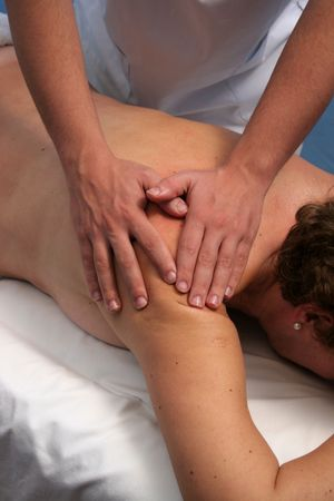 acupressure hands: shoulder massage