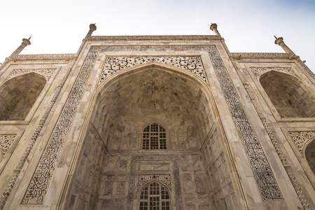 mughal empire: Detail of the wall of the Taj Mahal in Agra, India